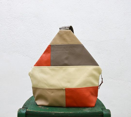 Sacs à dos, Automne Couleur Patckwork Faux Sac à dos en cuir. est une création orginale de Loutik sur DaWanda