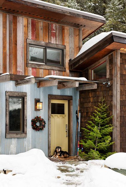 Reclaimed materials and a simple plan help a carpenter build his own inviting, energy-efficient home