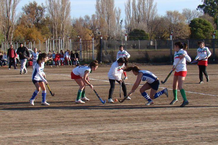 Hockey en Carmen de Patagones. www.lasextaseccion.com.ar