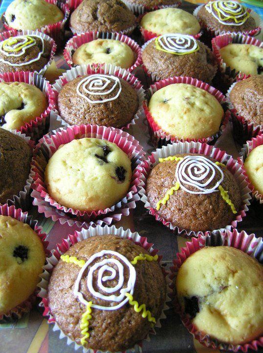 Optimistic muffins Briose optimiste