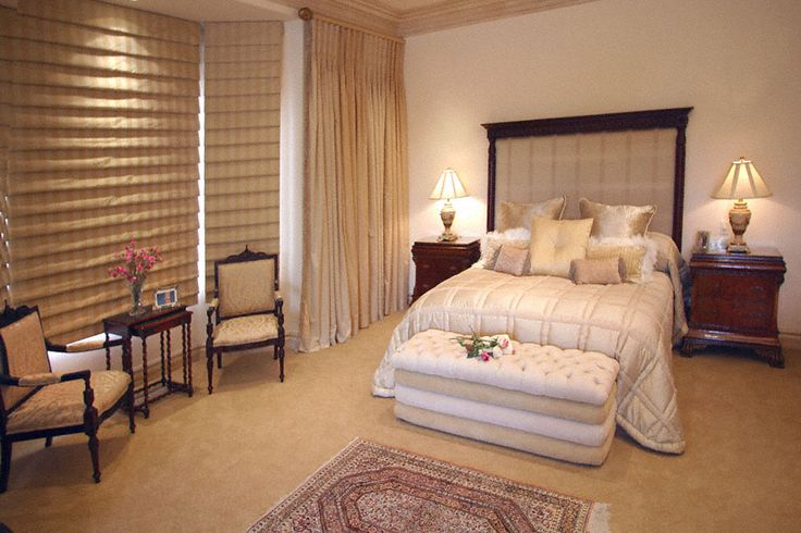 Cascading waterfall Roman blinds lend intrigue to this cream calm and confident suite. Follow the link to see the full photo-story including this design element: https://www.facebook.com/media/set/?set=a.613266055390712.1073741829.588811231169528&type=1