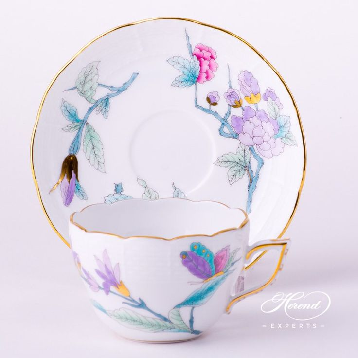 The Royal Garden tea cup with saucer. Mainly pink and lilac with gold edges. 1 pc – Tea Cup – vol 2.0 dl (6.7 OZ) 730-2-00 EVICTF2 – Turquoise 1 pc – Saucer – diam 14.0 cm (5.5″D) 706-1-00 EVICTF2 – Turquoise - This is Herend - the Royal porcelain house.
