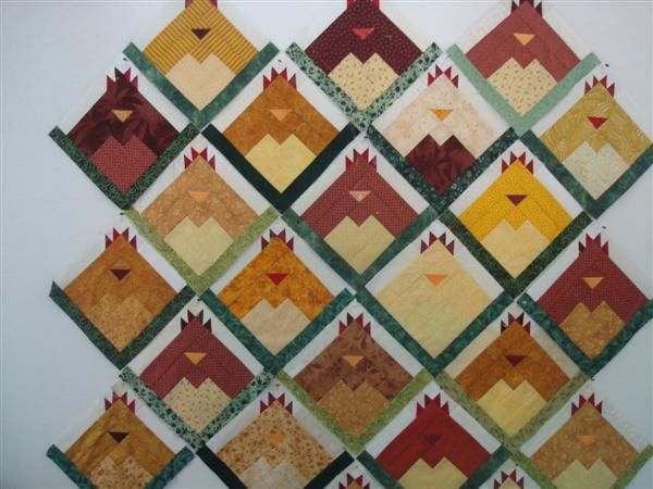 "Log Cabin Chicken Quilt - ""Hen House"" pattern - single blocks as potholders, use the ""chicken wire"" fabric as backing"