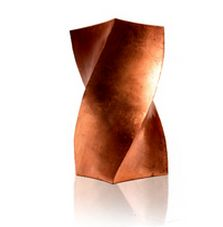 The Pillar bench and side table draws your eye in quickly with its heavy curvaceous and unique design. A singular piece with slender lines and finishes in copper foil and high gloss varnish, it presents a duality of function : it can be assumed as a table or as a bench, according to the situation.