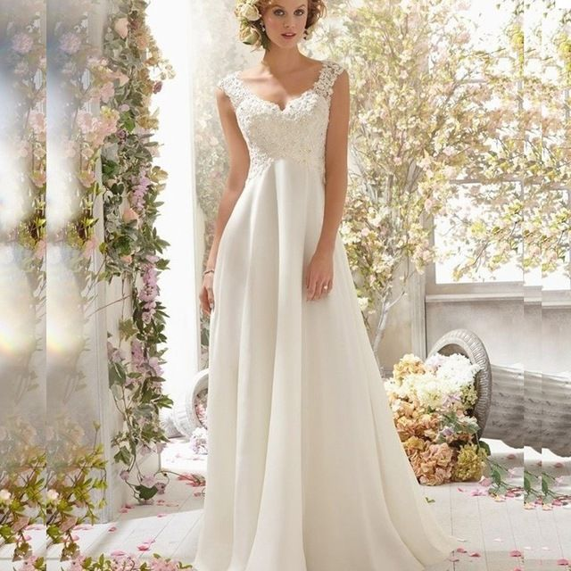 14 best WEDDING DRESSES images by Marian on Pinterest   Wedding ...