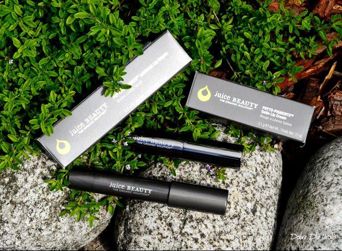 """Kosmetyczne """" smakołyki """" z Warsztatu Piękna - PHYTO-PIGMENTS Luminous Lip Crayon - Kredka do ust Pebble i Satin Lip Cream Pomadka Napa Juice Beauty. Marka tworzy produkty do skóry, włosów i makijażu, wielokrotnie nagradzane przez InStyle, ELLE, Allure czy EWG. Kosmetyki są ekologiczne, tworzone z certyfikowanych składników i organicznych upraw,bogate w przeciwutleniacze, silnie działające składniki organiczne, witaminy i soki owocowe.Dyrektorem kreatywnym Juice Beauty jest Gwyneth Paltrow."""