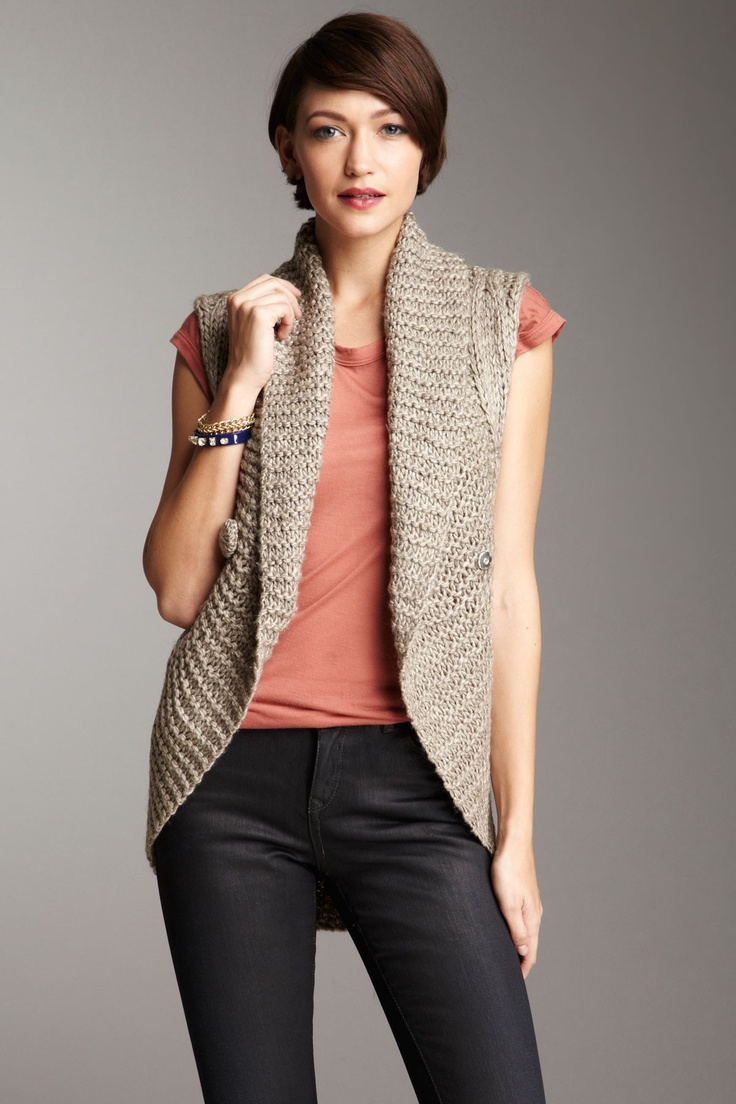sleeveless knit vest by classique.