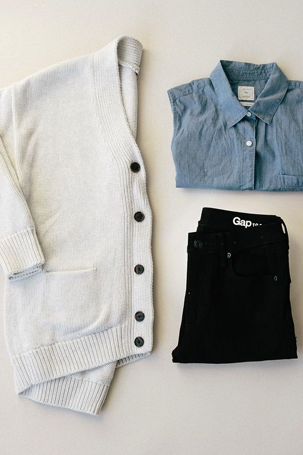 We love this combination of a cozy sweater, chambray, and black denim. Perfect for a chilly spring day. Get this Gap look worn by Jenny Slate in Episode 5 of our Instagram film series.