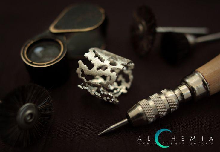 The Bark ring. Silver. Handmade by Alchemia Jewellery