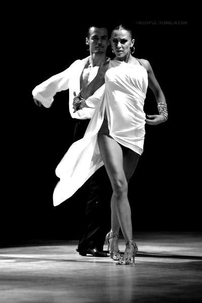 Όταν η πίεση αυξάνει, οι λάτιν χοροί μας δίνουν χαρά και ενέργεια! http://goo.gl/ZaW9PI #ΠαπουτσιαΧορουΛατιν #Meliz