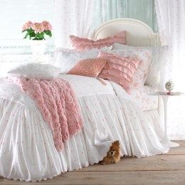 Love this idea for the bedroom. White and then accent with whatever colour you choose.