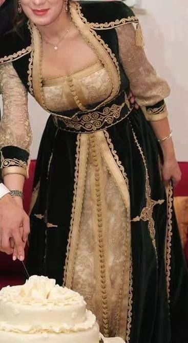Traditionnel Tunisienne Jebba caftan tarayoun outiya https://www.facebook.com/TraditionnelleTunisienne