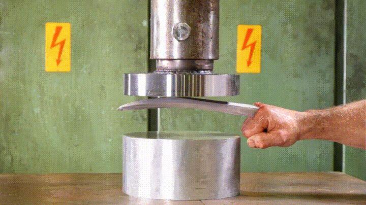 Hydraulic Press Vs Adamantium