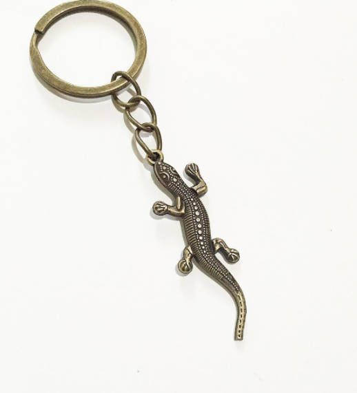 Antique Bronze Lizard keychain, Animal key ring, keyring gift for him gift for her for children cute keychain, Reptile key chain