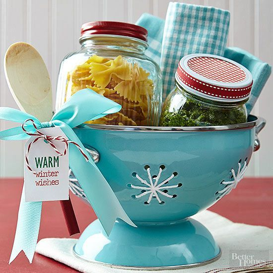 For the busy friend who's always on the go, wrap up a worry-free weeknight dinner. Fill one jar with bow tie pasta and a second with homemade pesto, marinara, or other favorite sauce. Add white yarn to colander holes to create a snowflake look. Finish with a festive bow and printable tag bearing holiday wishes./