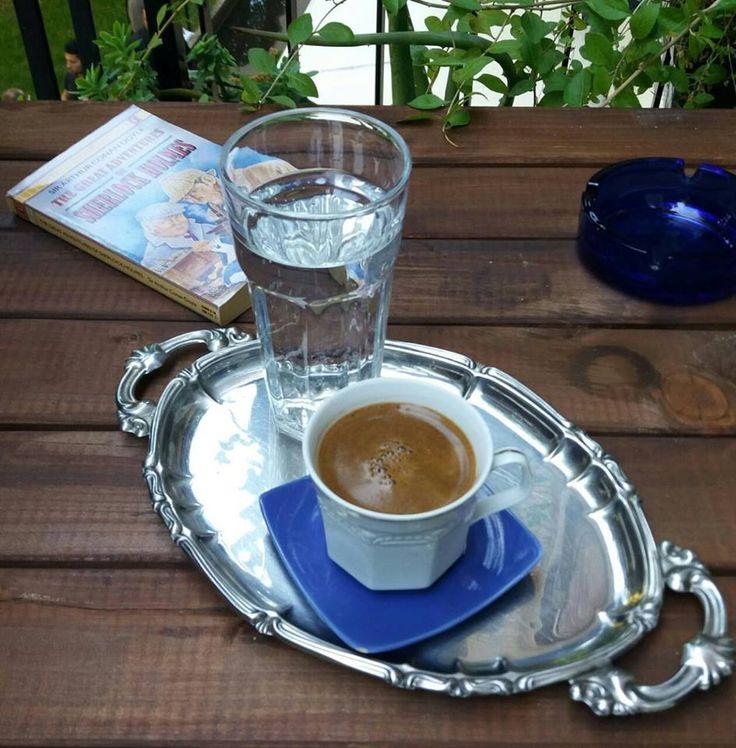 caffè greco e ritmi greci!
