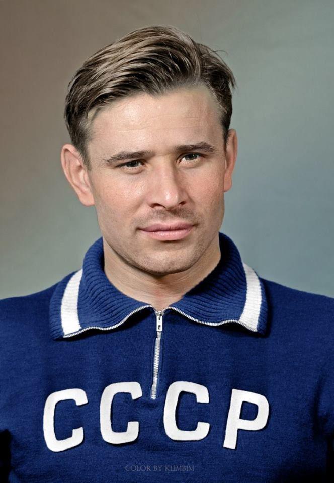 Лев Яшин (1929–1990), легендарный советский вратарь