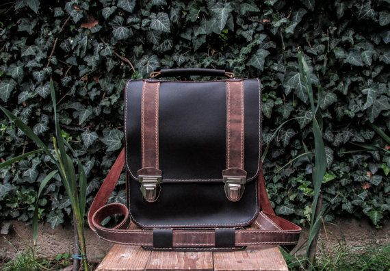 Handmade Leather Messenger Bag / Dark Brown Messenger Bag / Hand Made Crossbody Bag / Leather Messenger Bag / Handmade Crossbody Bag #messengerbag #transylvanianmonk