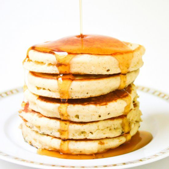 Meet the fluffiest pancakes you'll ever make! 15 minutes start to finish.