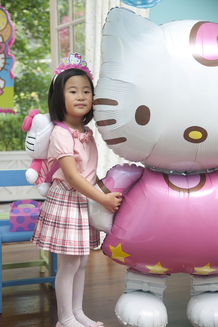 Hello Kitty Party Supplies #Birthday #Girls #BirthdayExpress