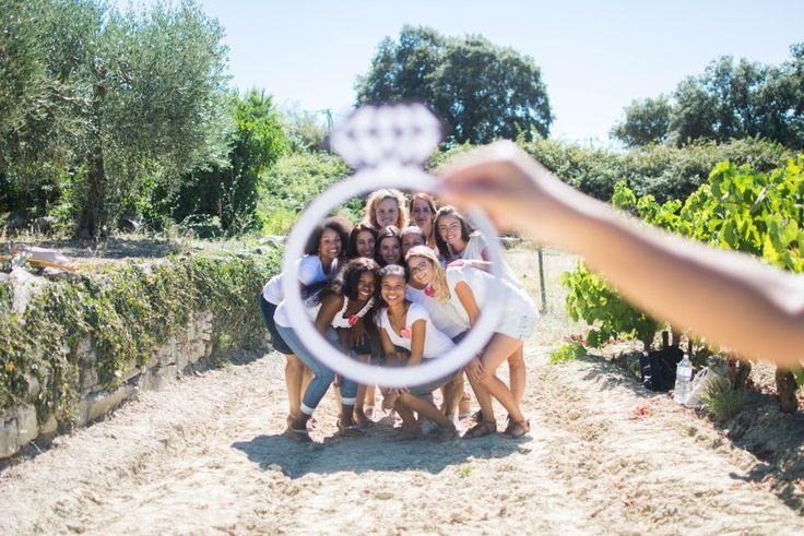 En août dernier j'étais avec Leyna et ses amies , cousines pour son enterrem…