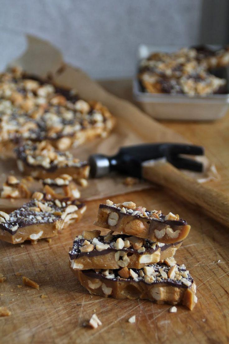 Mat På Bordet | Sjokoladeknekk med cashewnøtter