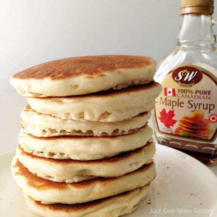 Easy Fluffy Vegan Pancakes
