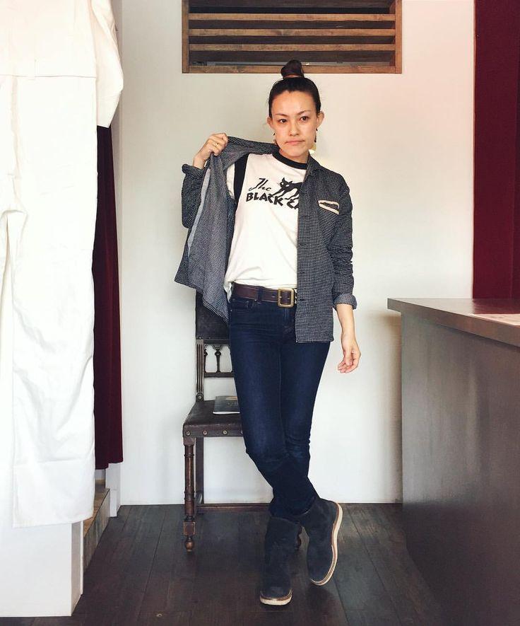 """47 Likes, 1 Comments - @itocchi884 on Instagram: """"こんにちは🤗 マットソンズの半袖Tシャツはチラ見えすると、色切り替えのデザインになっていてカッコいいです〜😎 チラ見えでギャップを演出✨ #マットソンズ #今日のコーデ #アメカジコーデ…"""""""