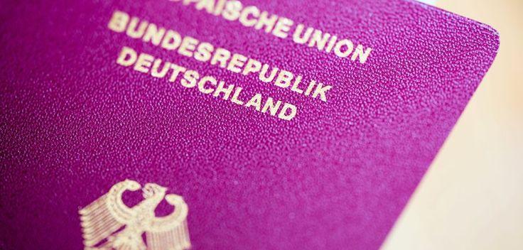 Ein deutscher Reisepass ist fast soviel wert wie einer des Stadtstaates Singapur.