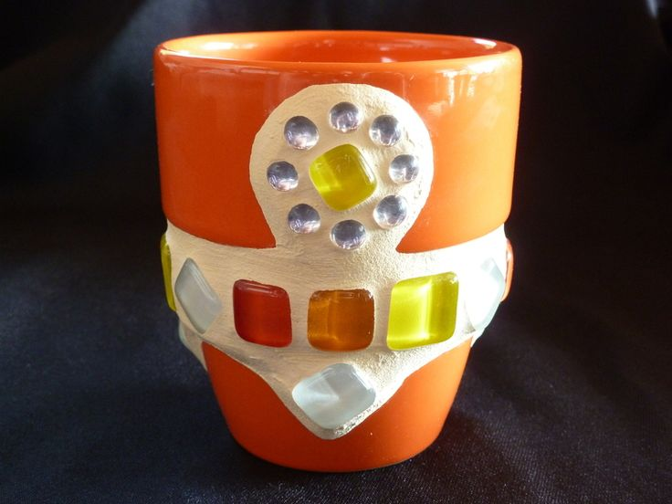 """Keramik Tasse in orange """"SOMMER"""" mit weißen - gelben - orangen - roten Mosaiksteinen & Spiegel-Mosaik.    Nutzbar als Tasse :o), Mini-Vase oder D..."""