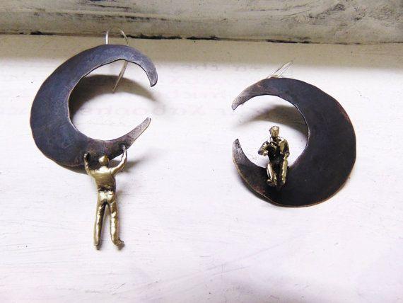 Moon Handmade EarringsLittle People Climbing by pepeyoyojewellery