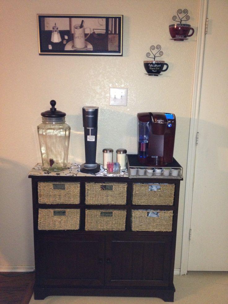 cantinho do café - suqueira, chá, café, biscoitos, xícaras, copos