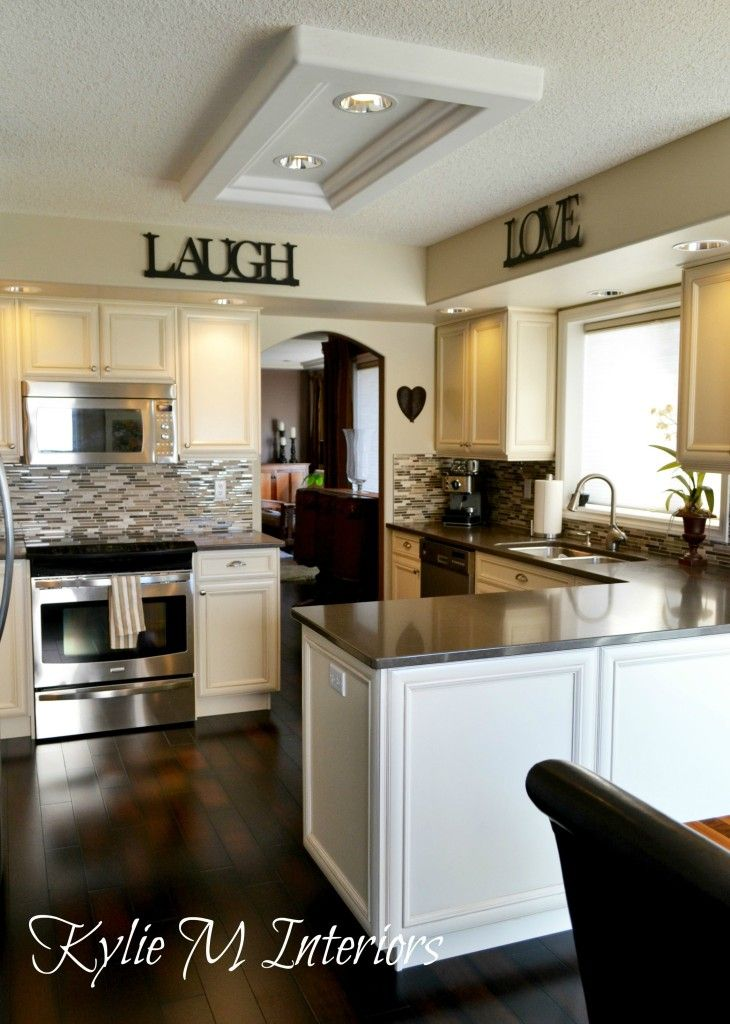 Cream Kitchen Cabinets, Beige Lights, Cream Kitchens Cabinets, Dark