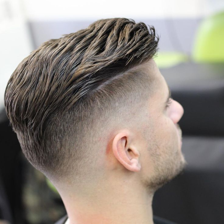 mr_fineline cool modern undercut with textured hair on top #menshairstyles #menshaircuts #menshair #hairstylesformen #haircuts #fades #fadehaircuts #fadehaircut #coolhaircuts #newhaircuts #menshairstyles 2017