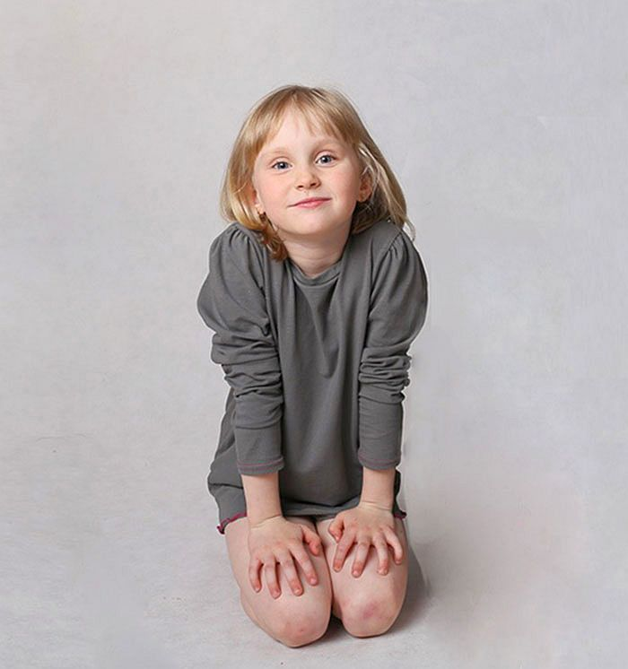 A-line tunic for small ladies. See it: http://wondersfashion.pl/girls-tunic-with-lips-print-p-78.html