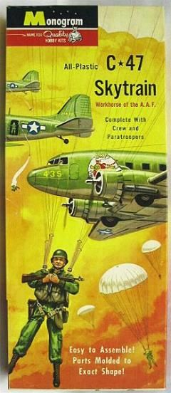 Monogram 1/90 C-47 Skytrain with Paratroopers, PA11-98 plastic model kit