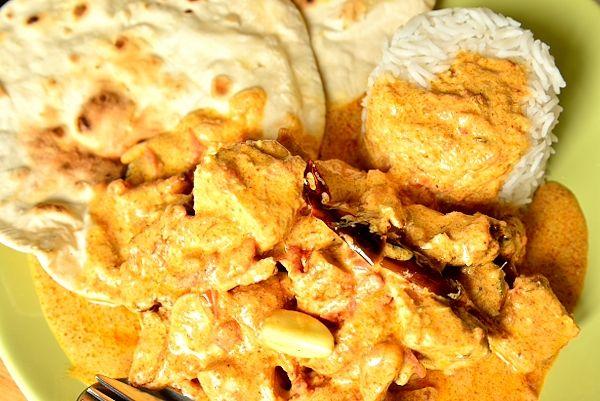 Тикка-масала, белое мясо курицы в густом соусе