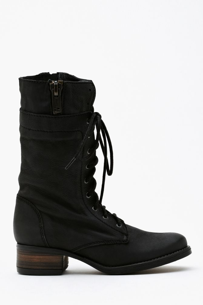 Batell Combat Boot - must resist... can't spend the money... yeah i'm not fooling anyone