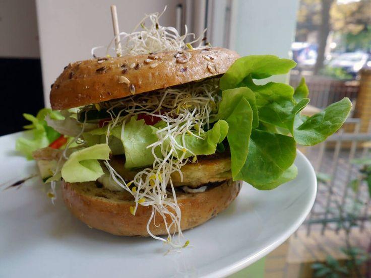 The 25+ best Vegane restaurants berlin ideas on Pinterest | Bars ...