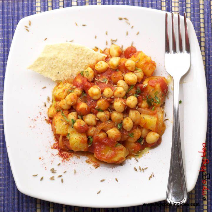 Cenetta piccante con ceci speziati e patate #ricettebloggerriunite #food #vegan http://www.mycookingidea.com/2013/06/ceci-speziati/