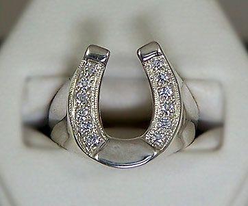 Gorgeous Horse - Horseshoe Ring M2343SSCZ