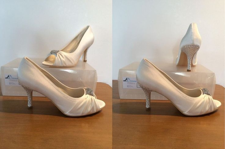 Made to order model 1Ivory satin 8 cm heel Size 4-11 $99.00 (includes free post) THESE ARE PART OF OUR CUSTOM ORDER RANGE- 26 COLOUR & FABRIC COMBINATION WITH 7 HEEL HEIGHTS www.dreemshoes.com