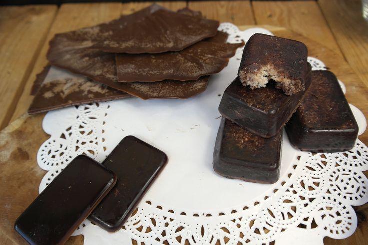 Chocolade….Sommigen loopt het water al in de mond bij het woord alleen. Like me ;) Chocolade heeft iets magisch voor mij. Al sinds dat ik het mij kan herin