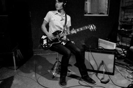 """Next Song Called """"Next Song Called"""" """"Меня зовут Максим, мне 17 лет, я музыкант из Орла."""" Честное начало описания своего честного творчества. Дебютный альбом поразил и приятно удивил!  Слушать: http://itop.fm/news/566-next-song-called-next-song-called/"""