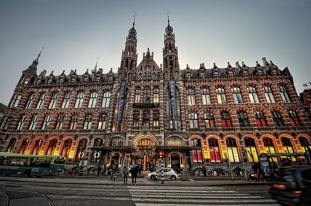 Shopping Magna Plaza. Amsterdam | Flickr - Photo Sharing!