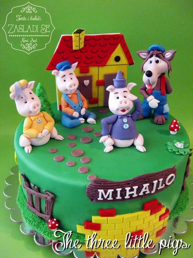 The Three Little Pigs Cake
