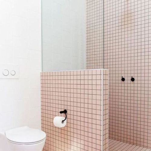Les 25 meilleures idées de la catégorie Salles de bains sombres ...