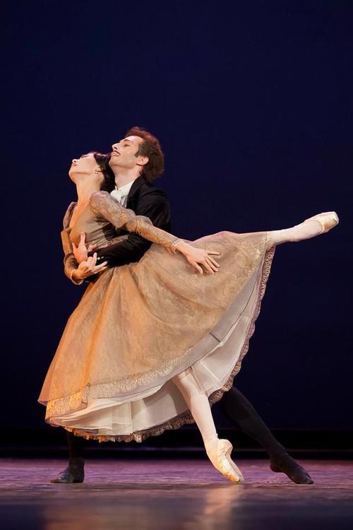 Aliya Tanykpayeva and Zoltan Olah in Hungarian National Ballet's Onegin