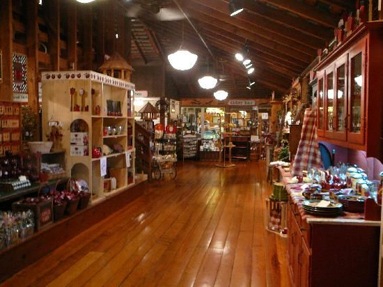 apple barn and cider mill general sevierville tn 87903