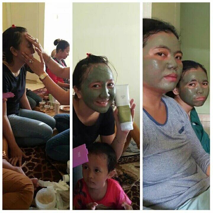 Still jafra mud mask :D